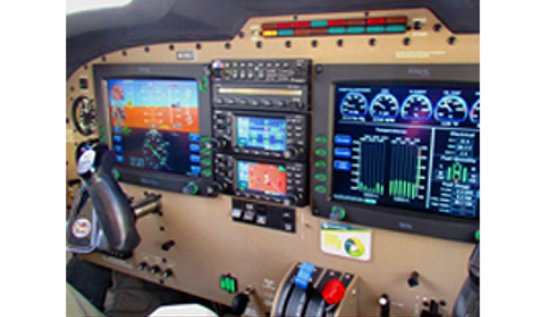 Piper Saratoga HP II cockpit